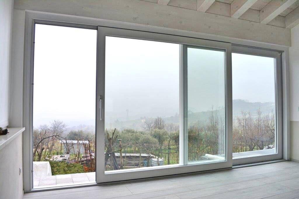 Mondial plast infissi porte e finestre scorrevoli alzante for Finestra scorrevole 4 metri