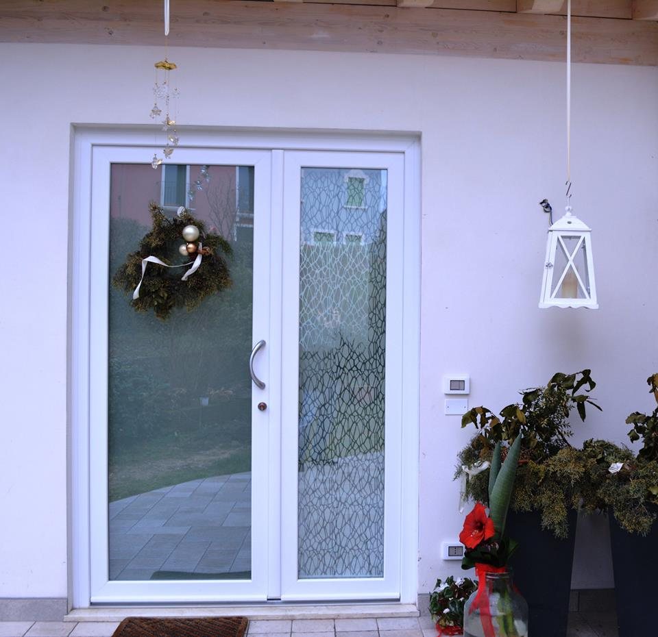 Mondial plast infissi portoncini d 39 ingresso in pvc - Porte ingresso vetro ...